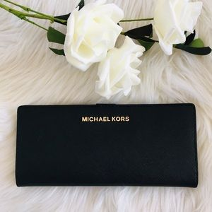 Michael Kors Jetset Travel wallet